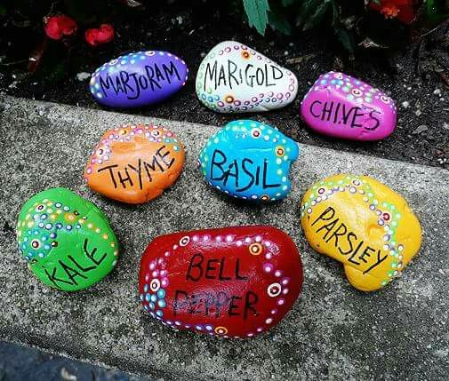 pebble_garden_tags