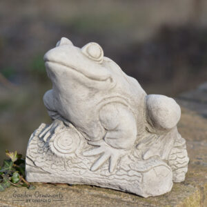 Frog on Log Garden Ornament