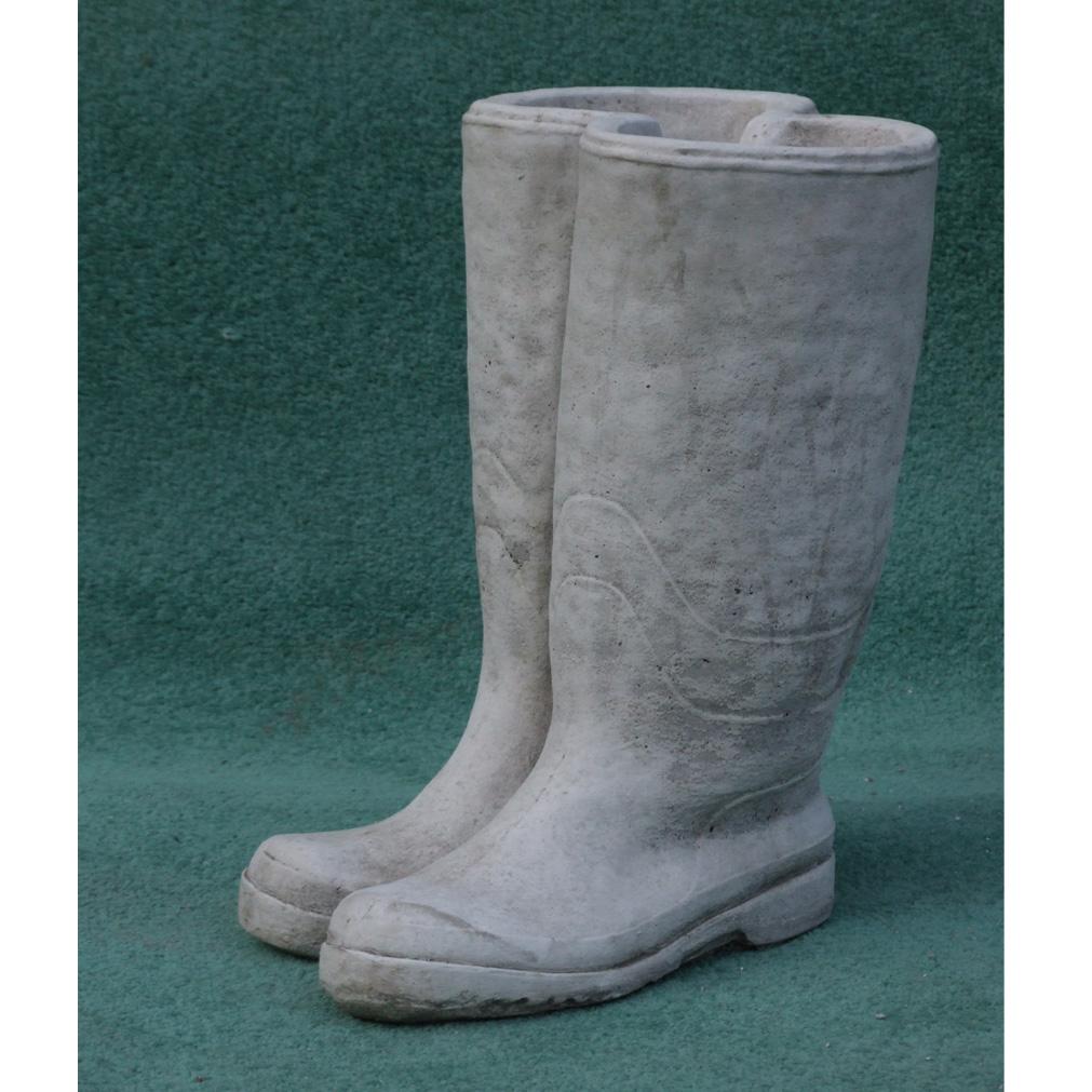 Wellies Hand Cast Stone Planter 1