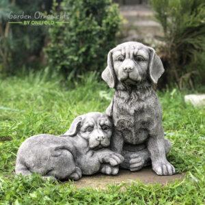 Twin Dogs Garden Statue Ornament